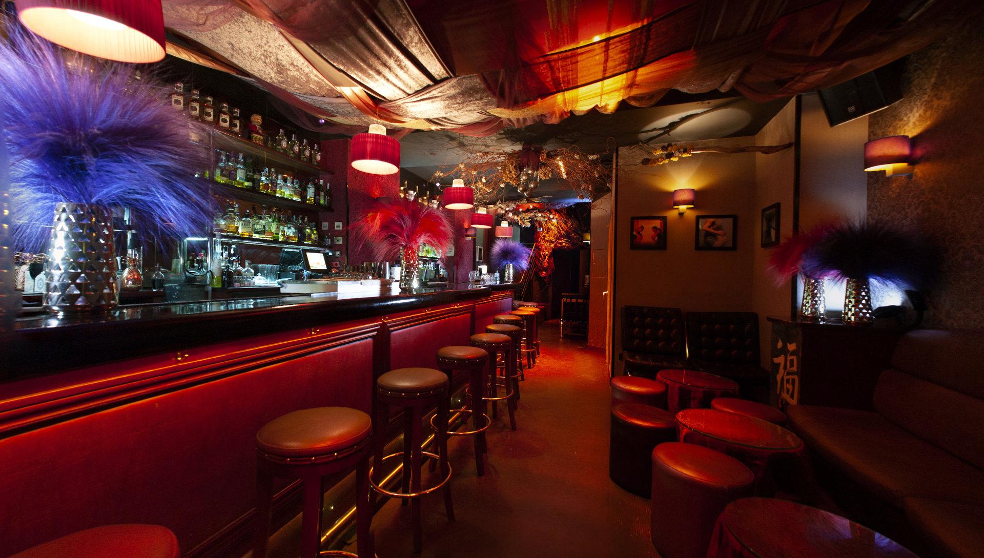Local-Cocktail-Bar-1-008-pano-190